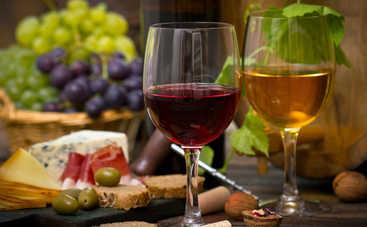 Медики рассказали о продуктах, несовместимых с алкоголем