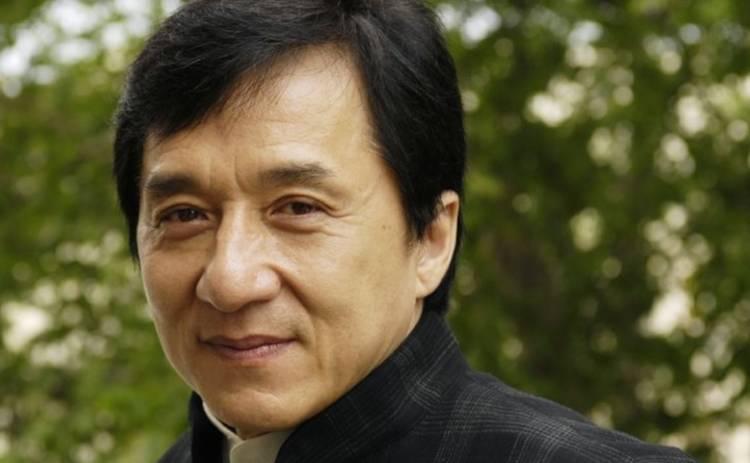 Пьянствовал, спал с проститутками, ударил сына: Откровения Джеки Чана