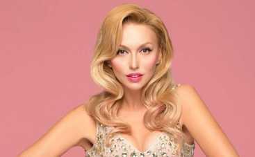 Оля Полякова поделилась впечатлениями от поцелуя с Дашей Астафьевой