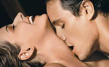 4 способа намекнуть мужчине на секс