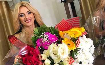 Почему поклонники Ирины Федишин пишут ее мужу?