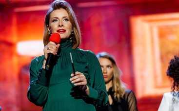 Елена Кравец похвасталась шикарной фигурой в элегантном костюме
