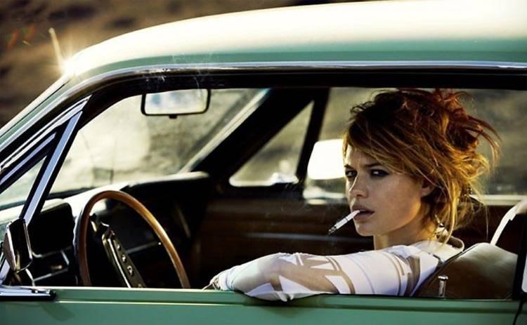 Пахнет сигаретами в машине: 3 способа, как избавиться от проблемы