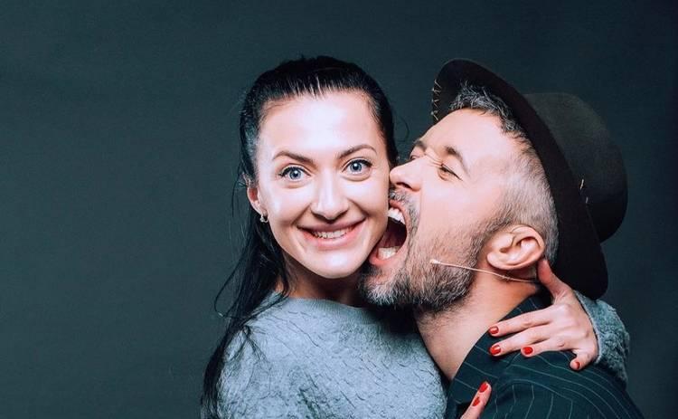 «Смотреть в одном направлении»: Сергей и Снежана Бабкины снялись в чувственной фотосессии