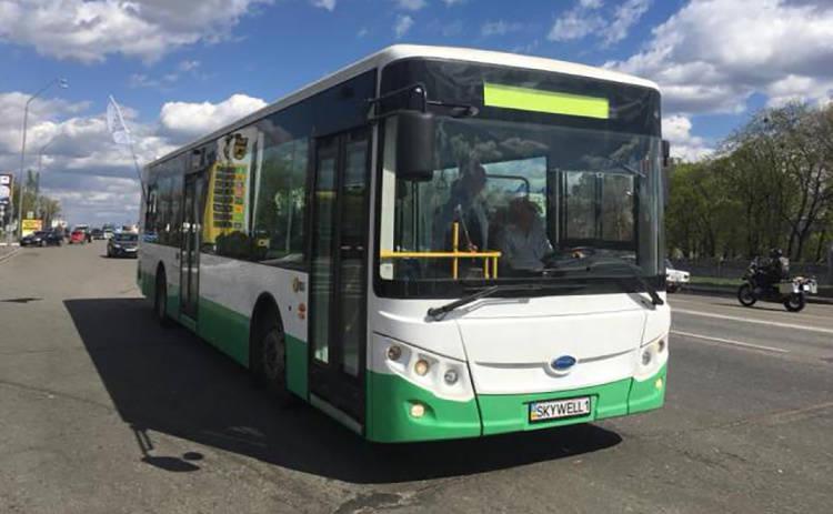 По столице начал курсировать первый электробус в Украине