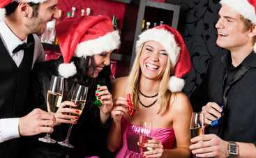 Новогодний корпоратив: эксперт рассказала, как отгулять праздник с пользой и без стыда