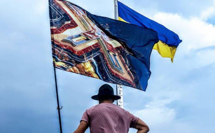 Х-фактор-9: впервые на украинской сцене выступит солистка «Spice Girls»