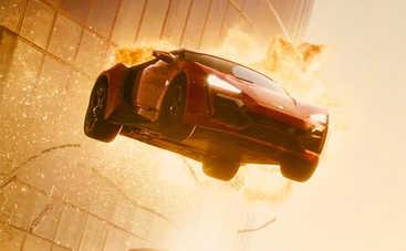 Автопарк в кино: самые абсурдные моменты с участием машин