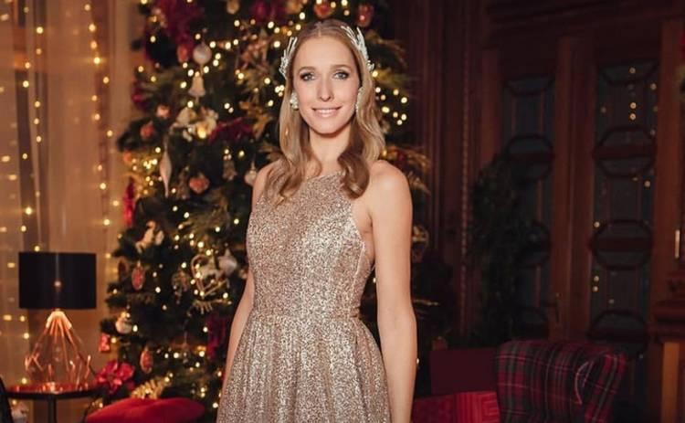 Катя Осадчая ошеломила откровенным нарядом в Новый год