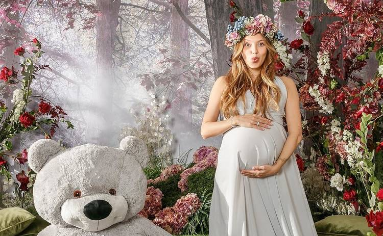 «Я готова рассказать вам!»: Регина Тодоренко откровенно о беременности