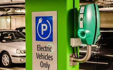 Дополнительный платеж для владельцев электрокаров: сколько нужно будет платить