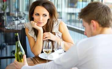 Алкоголь и свидание: как воспринимает женщину мужчина после спиртного