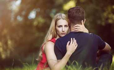 Ревность в отношениях: как бороться с этим чувством