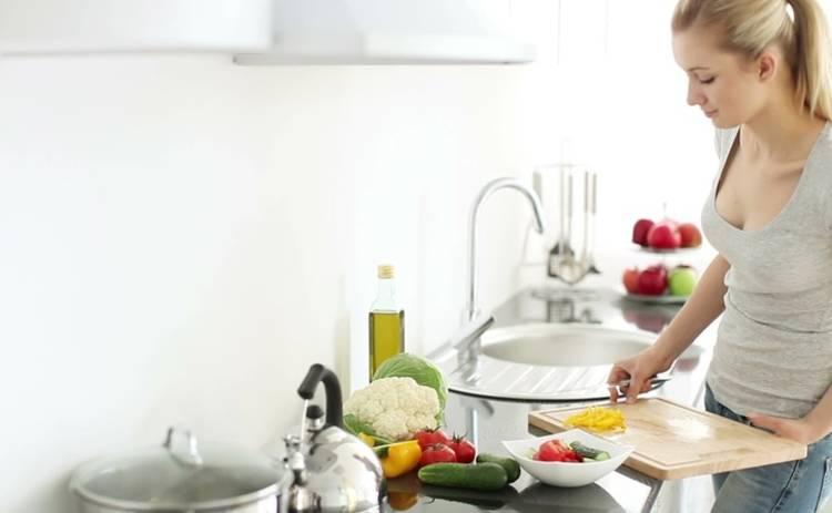 Универсальный салат «Лола» на скорую руку (рецепт)