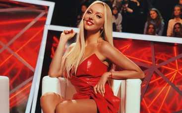Оля Полякова и Катя Осадчая появились на публике в одинаковых платьях