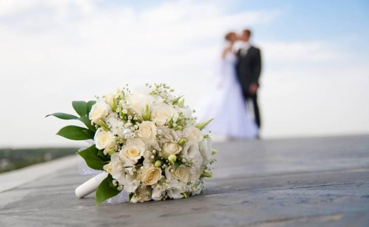 Бумажная, атласная даже нефритовая! Как называются годовщины свадеб по годам