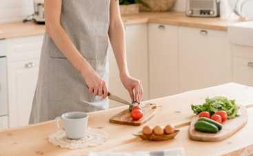 Сытный салат с блинчиками для большой компании (рецепт)