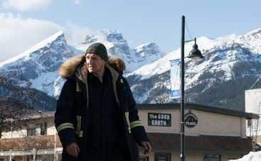 Лиам Нисон, черный юмор и много снега: почему стоит посмотреть фильм «Холодная месть»