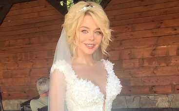 Засмущалась, но намекнула: Алина Гросу высказалась о своей свадьбе
