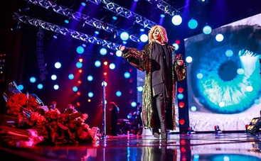 Концерт Ирины Билык: Без грима. Лучшее. О любви - смотреть онлайн (эфир от 16.02.2019)