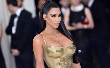 Ничего себе! Ким Кардашьян появилась на публике в экстремально откровенном образе