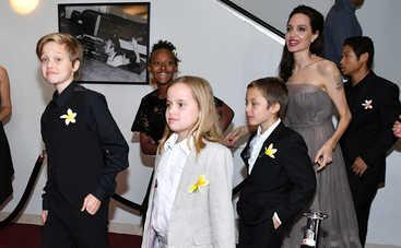 Дети голливудских звезд шокировали общественность своими нарядами