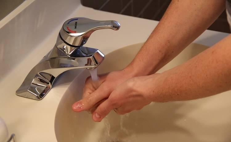 Дезинфекторы для рук: правила использования