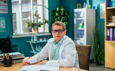 Канал ICTV рассекретил дату старта 6 сезона шоу «На троих»