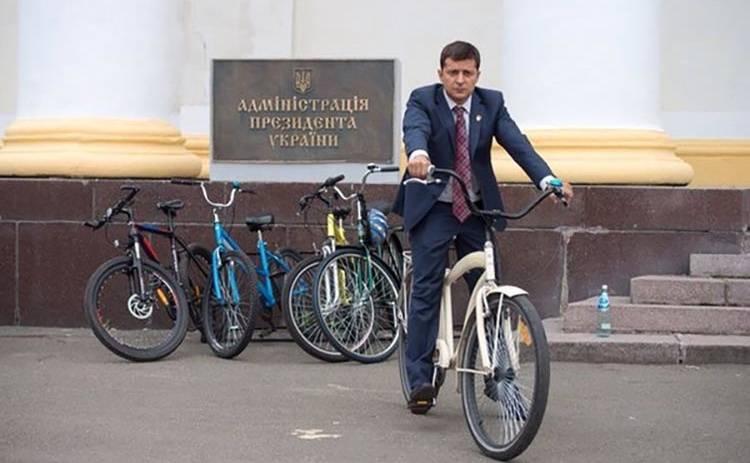 Машины политиков: на чем ездит Владимир Зеленский
