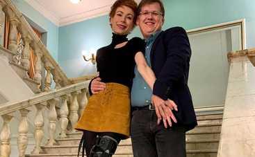 Украинская ведущая поделилась романтичным фото из больницы вместе с депутатом