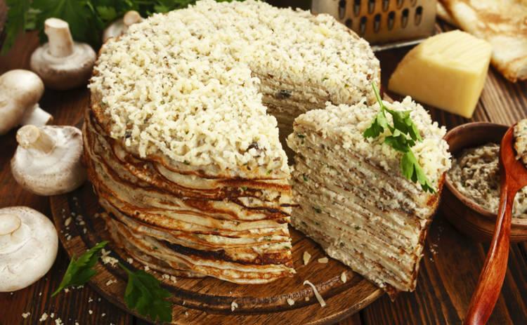 Масленица 2019: блинный торт с сыром и грибами (рецепт)