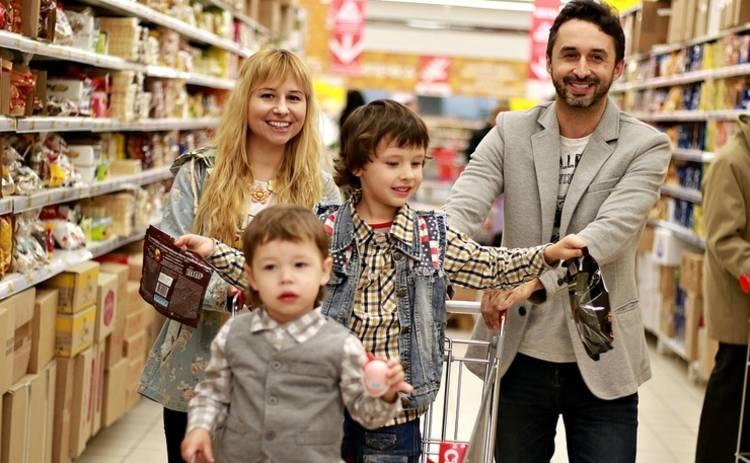 Сезонные скидки: как магазины выманивают деньги у покупателей