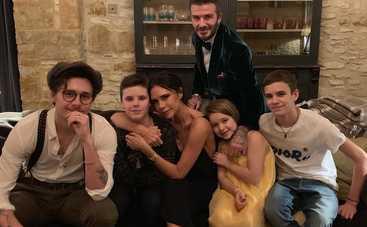 По стопам брата: сын Бекхэмов Ромео встречается с популярной 15-летней актрисой
