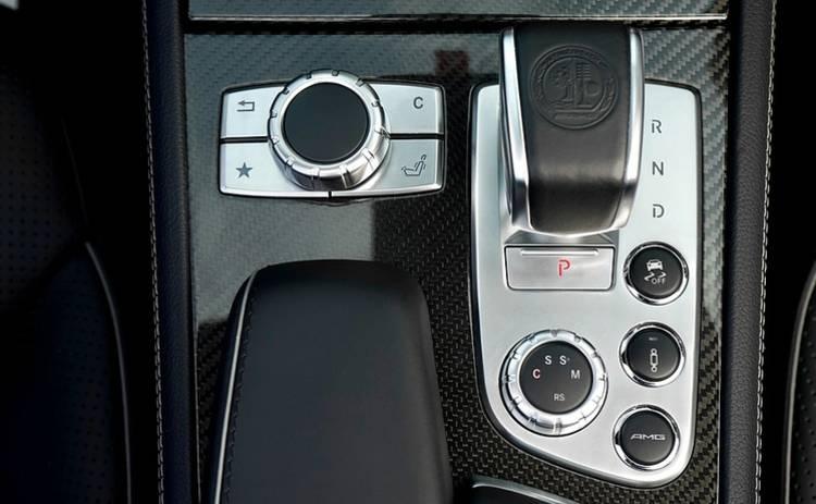 3 кнопки в автомобиле, которые не стоит трогать без надобности