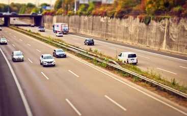 Шумовые полосы на украинских дорогах: что это, и для чего они нужны