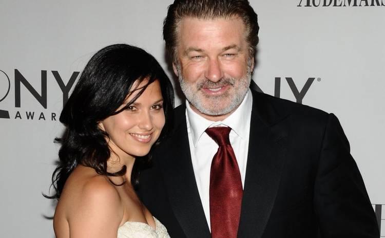 Супруга 61-летнего Алека Болдуина рассекретила пятую беременность