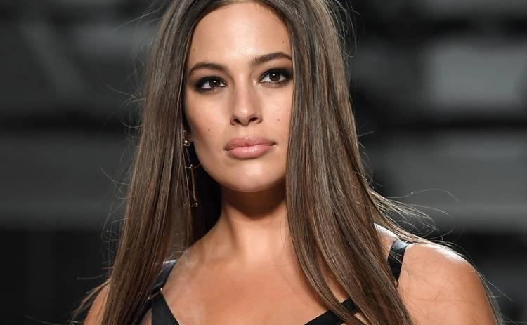 Тренды 2019: модель Эшли Грэм раскрыла топовый цвет сезона