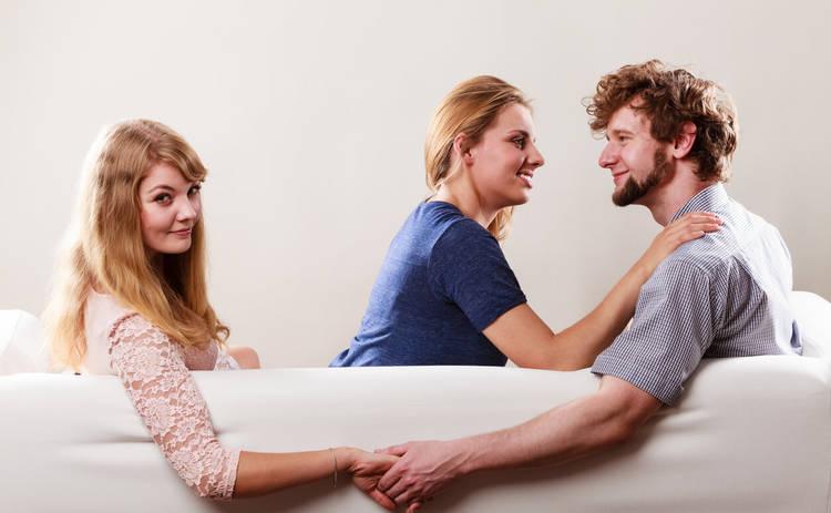 Что делать, если вы угодили в любовный треугольник?