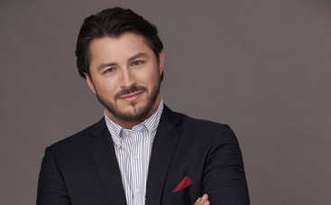 Сергей Притула впервые вышел на красную дорожку с красавицей-женой