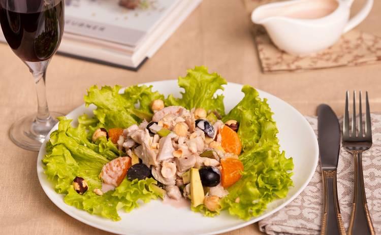Пасхальные рецепты для всей семьи! Салат с курицей «Пасхальный» (рецепт)