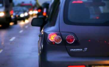 Светотехника в автомобиле: почему нужно проверять фары и сигнальные огни
