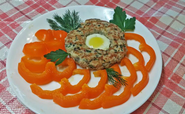 Пасха 2019: шедевральные мясные колечки с яйцом (рецепт)