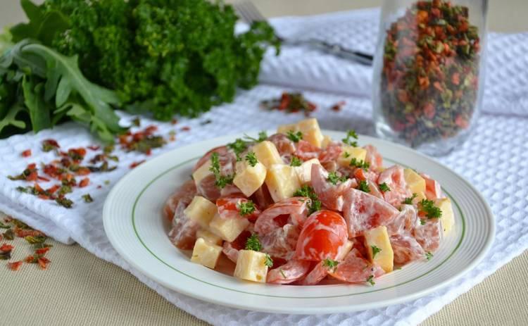 Салат с курицей и помидорами «Элла» (рецепт)