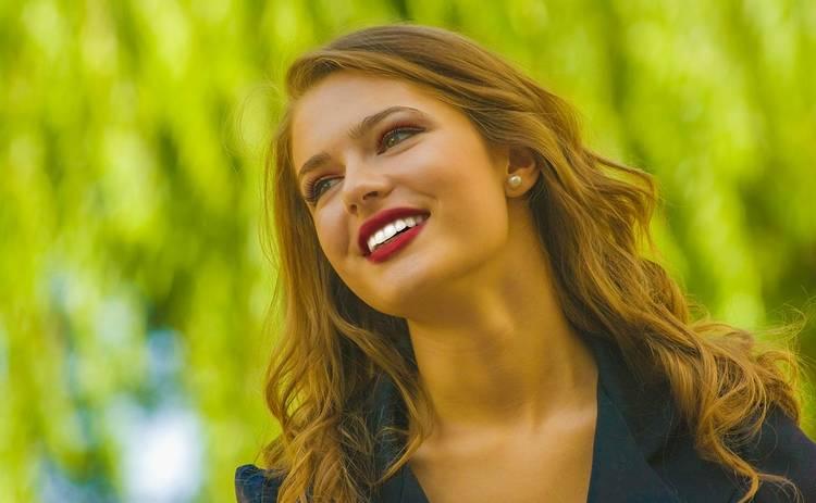 Стойкий макияж в любую погоду: полезные советы