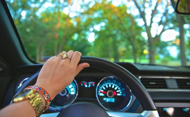 Причины, при которых возникает вибрация на руле