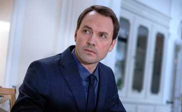 Виктор Васильев: Мне всегда сложно ругаться в кадре
