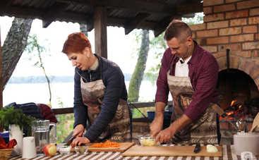 Страва честі: Юрий Ковриженко научится готовить озерного угря