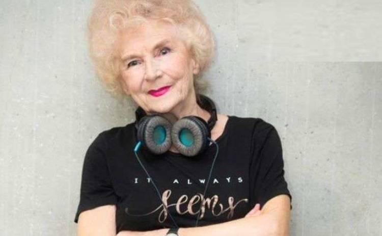 80-летняя бабуля-диджей разрушает стереотипы