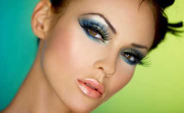 Выпускной 2019: самые беспроигрышные варианты макияжа