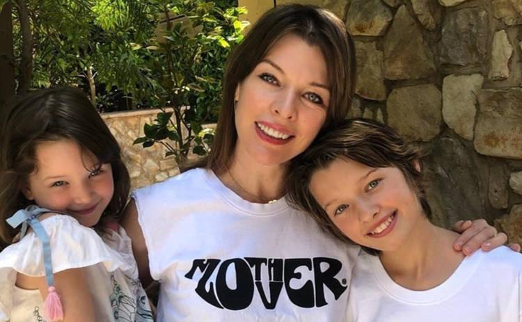 До сих пор снятся кошмары: Милла Йовович потеряла третьего ребенка